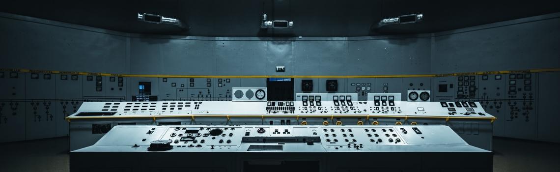 Electrical / Mechanical Panel Assembler
